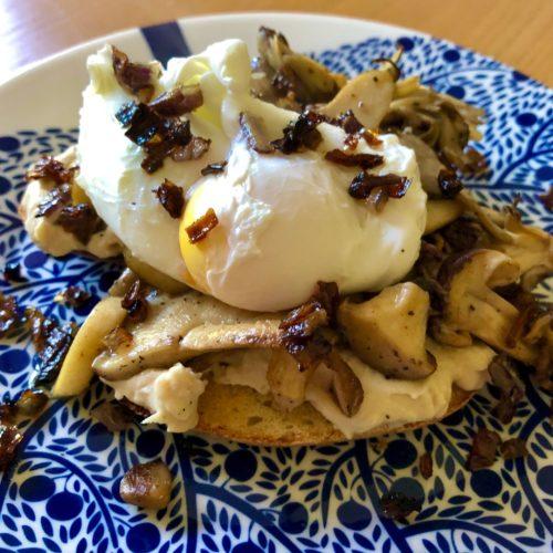 mushrooms hummus sourdough